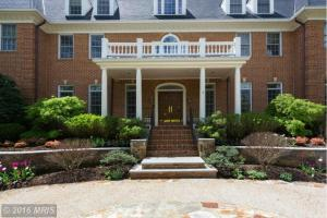 FX9625430 - Fabulous Georgetown Colonial